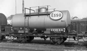 584473_Esso_GbfCannst_1959_FWillke_-®SC-1024